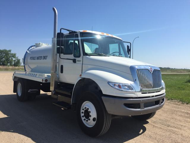 2021 International MV607 4x2
