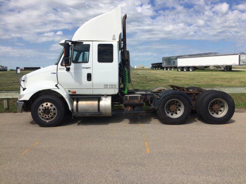 2013 International 8600 SBA 6x4 170235
