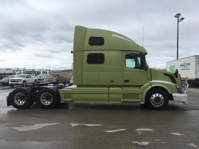 2016 Volvo VNL 780