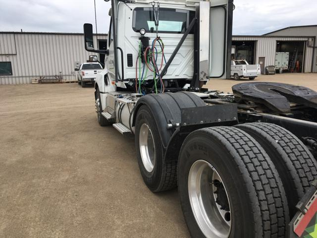 2018 International LT625 Daycab