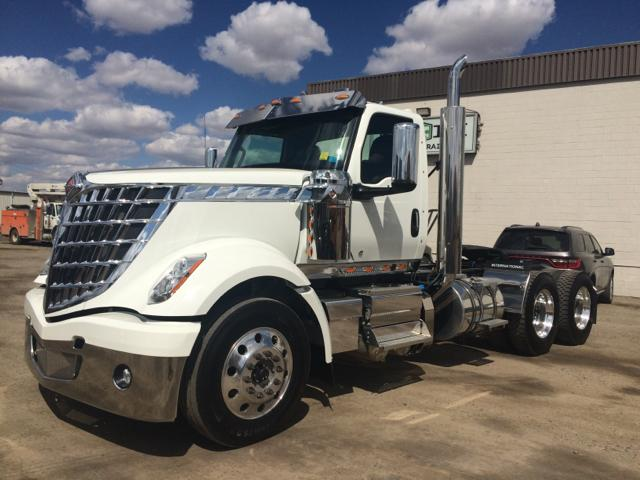 2019 International LoneStar 6x4